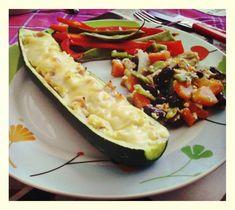 Cuketové lodičky Zucchini, Vegetables, Food, Essen, Vegetable Recipes, Meals, Yemek, Veggies, Eten