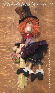 New Holiday 2020 Halloween 2020, Fall Halloween, Halloween Crafts, Halloween Decorations, Fall Crafts, Holiday Crafts, Arts And Crafts, Adornos Halloween, Halloween Kitchen