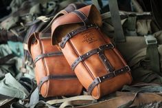 Front leather saddlebags