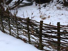 Make Simple Beautiful Garden Fences and Trellises Organic