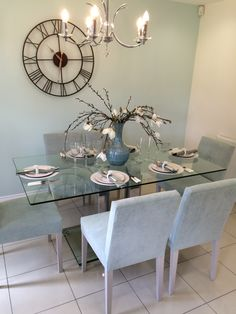 Taylor Wimpey Kitchen/Dining Room - love the colour scheme!