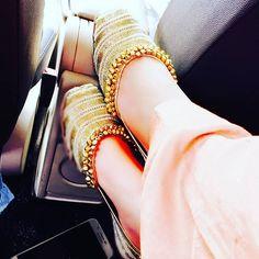 Wedding Shoes Designer Zapatos New Ideas Stylish Girl Images, Stylish Girl Pic, Stylo Shoes, Punjabi Fashion, Bridal Sandals, Swagg, Wedding Shoes, Wedding Goals, Girls Shoes