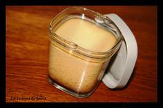 Un dessert qui me rappelle mon enfance, au bon goût de vanille et caramel Source : Grignot-nat Pour 6 pots * 4 oeufs * 500 gr de lait demi-écrémé * 50 gr de sucre semoule * 1 sachet de sucre vanillé * 1 gousse de vanille cap d'ambre vanille * caramel...