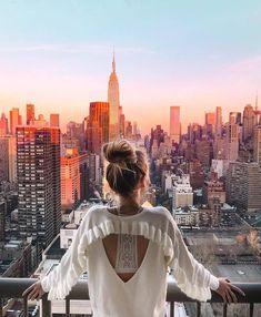 New Travel Photography Girl Nyc Ideas - Travel Travel Travel New York Photography, Photography Poses, Travel Photography, Morning Photography, Mobile Photography, New York Pictures, New York Photos, Photographie New York, Nyc Pics