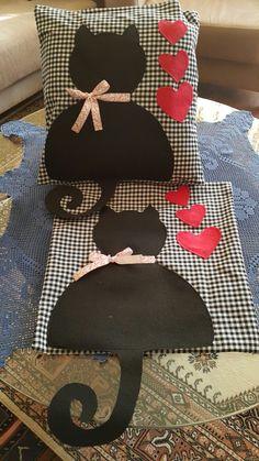 Web Server's Default Page - Diy Crafts Sewing Pillows, Diy Pillows, Sofa Pillows, Decorative Pillows, Throw Pillows, Fabric Crafts, Sewing Crafts, Cat Cushion, Cat Quilt