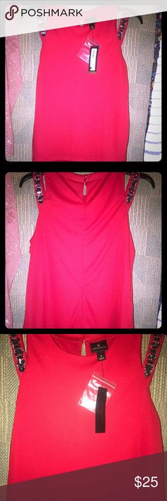 🔥Worthington size small Red blouse,gem strap🔥 NWT Open shoulder gem design strap sleeveless blouse with sheer underneath, beautiful cardinal red, beautiful shoulder design, perfect work or play, 🚬🐱🏡💖accepting all reasonable offers💖 Worthington Tops Blouses