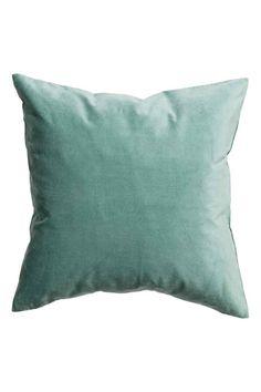 Sametový povlak na polštářek: Povlak na polštářek z bavlněného sametu se skrytým zipem na spodní straně.