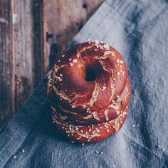 Pretzel bagel