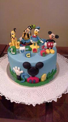 Mickey cake Mickey Cakes, Birthday Cake, Desserts, Food, Caves, Tailgate Desserts, Birthday Cakes, Meal, Dessert