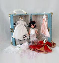 "Madame Alexander HONEYMOON SCARLETT TRUNK 8"" DOLL & Clothes SET Gone With The Wind Series"