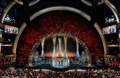I love the oscar stage. A night full of stars: The Koda Theatre in LA was filled to the brim with Hollywood's lead...