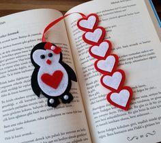 Pinguib-Herz-Lesezeichen crafts for kids for teens to make ideas crafts crafts Felt Bookmark, Bookmark Craft, Diy Bookmarks, Bookmark Ideas, Foam Crafts, Diy And Crafts, Kids Crafts, Paper Crafts, Yarn Crafts