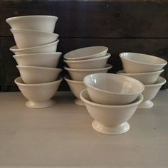Porcelain footed bowls by VAceramics on Etsy