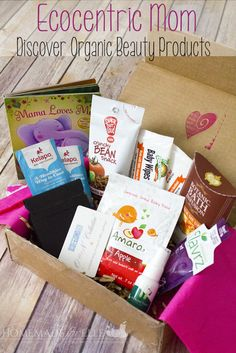Ecocentric Mom Subscription Box - full of eco-friendly, healthy and organic beauty and home supplies.  Perfect for any woman looking to try out healthier products! #ad