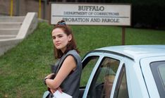 """Zoey Deutch Discusses the Nuances of Her Film Buffaloed: """"It's a Funny and Poignant Story"""" Plot Outline, Film Streaming Vf, Full Hd 1080p, Live Wire, 2020 Movies, Drame, Top Videos, The Hollywood Reporter, Digital Magazine"""