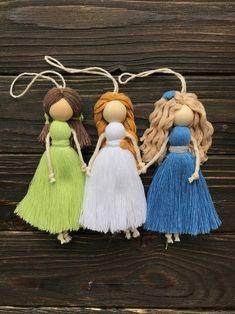 Felt Crafts Dolls, Yarn Dolls, Felt Dolls, Yarn Crafts, Doll Face Paint, Handmade Angels, Angel Crafts, Baby Room Decor, Macrame Projects