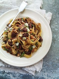 Pappardelle with Braised Beef, Port Wine, and Blue Cheese Recipes   Ricardo