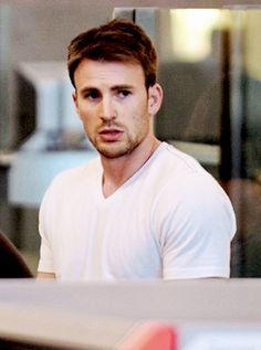 of 699 pictures that prove that Chris Evans is hot as hell. Chris Evans Captain America, Marvel Captain America, Gary Cahill, Something Just Like This, Chris Evans Funny, Robert Evans, Patrick Dempsey, Stucky, Steve Rogers