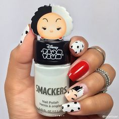 Well Tsum Tsum and Lip Smacker fans, if you thought the new Halloween Tsum Tsum Lip Balms were awesome, wait till you see their newest treat. Nail Art Disney, Disney Acrylic Nails, Disney Makeup, Nail Art Halloween, Halloween Nail Designs, Halloween 2017, Cute Nails, My Nails, Lip Balm Brands
