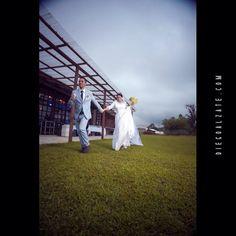 | FOTOGRAFÍA DE BODAS | Diegoalzate.com | |  Fotografía Social | Equipo de trabajo; @diegoalzatefotografo + Santiago Garcés + Melissa Rendon + Angela Posada #fotografía #social #diegoalzate #colombia #wedding #strobis #diegoalzate @selectabypicardia Para ver más visita; on.fb.me/14M6JV9
