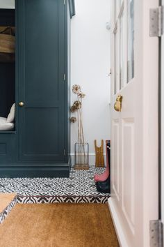 Pink Ground Painted Back Door - Utility And Boot Room With Down Pipe Painted Custom Tiles And Patterned Tile Floor. Rock My Style, Style Uk, Boot Room Utility, Utility Sink, Utility Room Designs, Bathroom Floor Tiles, Tile Floor, Laundry Room Design, Laundry Nook