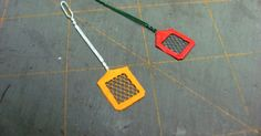 A miniaturist from the UK asked for a fly swatter tutorial and this is my try. I have modeled the miniature fly swatte...