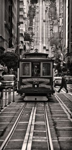 The San Francisco cable car system is the world's last manually operated cable car system. An icon of San Francisco, California, the cable car system forms part of the intermodal urban transport network operated by the San Francisco Municipal Railway. Of the twenty-three lines established between 1873 and 1890,[4] three remain : two routes from downtown near Union Square to Fisherman's Wharf, and a third route along California Street.
