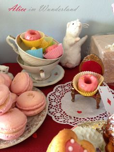 Diy Food, Wonderland, Treats, Desserts, March Hare, Alice In Wonderland Party, Sweet Like Candy, Tailgate Desserts, Goodies