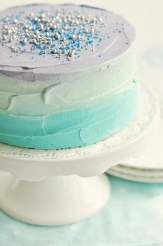Ombre cake. Would be perfect for a #Frozen #DisneySide Celebration!