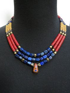 Lapis et commerce africain perle collier Triple par GEMILAJewels