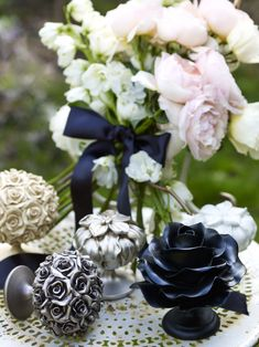 Floral Romantic - Byron & Byron