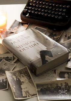 Misión Olvido, de María Dueñas. #books #oldphotos #bookreview #reseña #MisiónOlvido #Maríadueñas #fotosantiguas