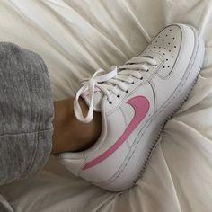 my new candy sneaks 🍬 Fashion Belts, Sneakers Fashion, Fashion Shoes, Sneakers Sale, Fashion Clothes, Fashion Fashion, Fashion Ideas, Fashion Tips, Zapatillas Nike Force