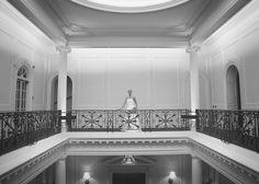 Beautiful wedding location photography. A grand wedding. Reportage wedding photography