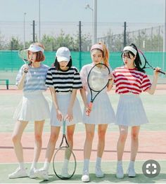 Image about fashion in Matching group outfits by Blue Kitten Fashion In, Korean Girl Fashion, Korean Fashion Trends, Fashion Couple, Ulzzang Fashion, Korea Fashion, Asian Fashion, Fashion Outfits, Friend Outfits