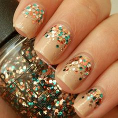 Rreversedeversed glitter gradients <3. Base is Dior 219 + Sally girl 'So disco' + OPI 'The living daylights'.  TLD  @pamelapomelo