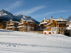#PostAlpina #Winter #Vacanza #Urlaub #Skiurlaub #Skifahren #Sciare #Skiing #Holiday #Dolomiten #Dolomites #Dolomiti Post Hotel, Skiing, Cabin, House Styles, Winter, Holiday, Outdoor, Ski Trips, Ski