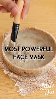 Home Facial Treatments, Diy Beauty Treatments, Beauty Tips For Glowing Skin, Health And Beauty Tips, Homemade Skin Care, Homemade Beauty Products, Face Skin Care, Diy Skin Care, Skin Care Remedies