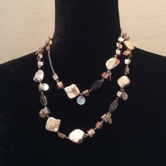 ♦️SALE♦️ Never worn necklace Length:~22  qrtwfvrq Jewelry Necklaces