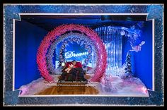 Macy's Herald Square windows tell the story of a young boy's dream on Christmas Eve, where he travels to a magical crystal forest and learns about the meaning of Christmas - See more at: http://www.ddionline.com/displayanddesignideas/galleries/DDIs-Winning-Window-10633.shtml#sthash.VUPnD51B.dpuf