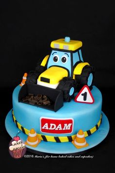 Digger cake - Cake by Maria's Digger Birthday Cake, Digger Cake, Toddler Birthday Cakes, 3rd Birthday Cakes, Kids Construction Cake, Construction Birthday, Fondant Cakes, Cupcake Cakes, Cupcakes