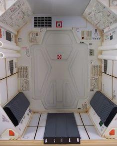 Arti-Facto: Interior de naves espaciales futuristas