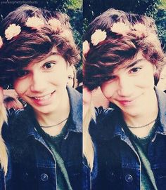 {George Shelley} Hey I'm George! I'm 19 and gay. I like to sing and I used to be ape art of the Union J. *smiles* I'm si blessed cause ya know no one wants to date a gay guy. But hey I'm used to it. Come say hi I'd really like to talk.