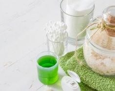 Gommage corporel maison au thé vert : http://www.fourchette-et-bikini.fr/recettes/recettes-minceur/gommage-corporel-maison-au-vert.html