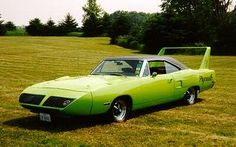 Superbird History 1970 Introduction: The Plymouth Superbird was created for the same reason as the Dodge Daytona -- a full Dodge Daytona, Dodge Charger Daytona, Plymouth Superbird, Dodge Muscle Cars, Thing 1, Us Cars, American Muscle Cars, Chevrolet Camaro, Corvette