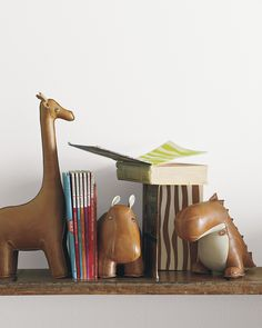 Menagerie Bookend - Brown GiraffeMenagerie Bookend - Brown Giraffe