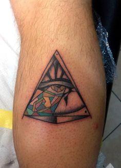 III* eyes  Tattoo triangle RA illuminate #tattoolifemagazine #tattoolife #italian_traditional_tattoo #tattoocollection #tattoo #neotraditional #tattoo #mamasink #inkerstattoo www.inkerstattoo.it