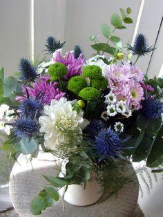 Flower arrangement by Elizabeth Blumen. Madrid, Espana.