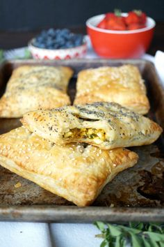 Who says you don't have time for breakfast on a weekday? Make big batch of Vegan Tofu Scramble Breakfast Pockets and you have breakfast for the whole week!