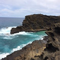 Oahu cliffs